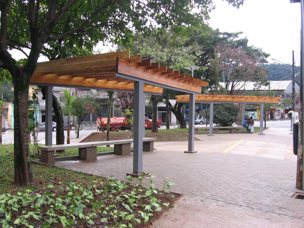 Sistema Praças Perus